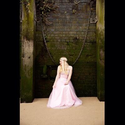 #charlottecampbell #singer #musician #promoshot #london #riverthames #music #rebeccacrestaphotography