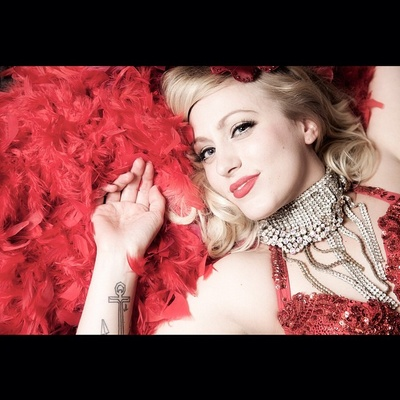 #lenamae #burlesque #beauty #red #feathers #beautiful #rebeccacrestaphotography