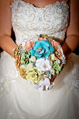 Dress & flower details