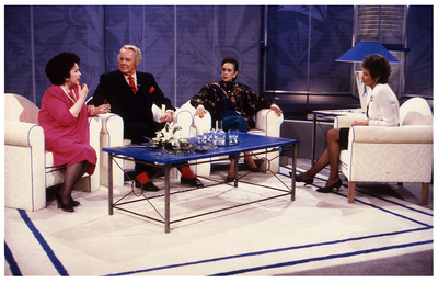 Elizabeth Taylor - Saturday Matters with Sue Lawley 1990